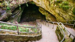 Най-дългата пещера в света порасна още: откриха нови 13 км тунели