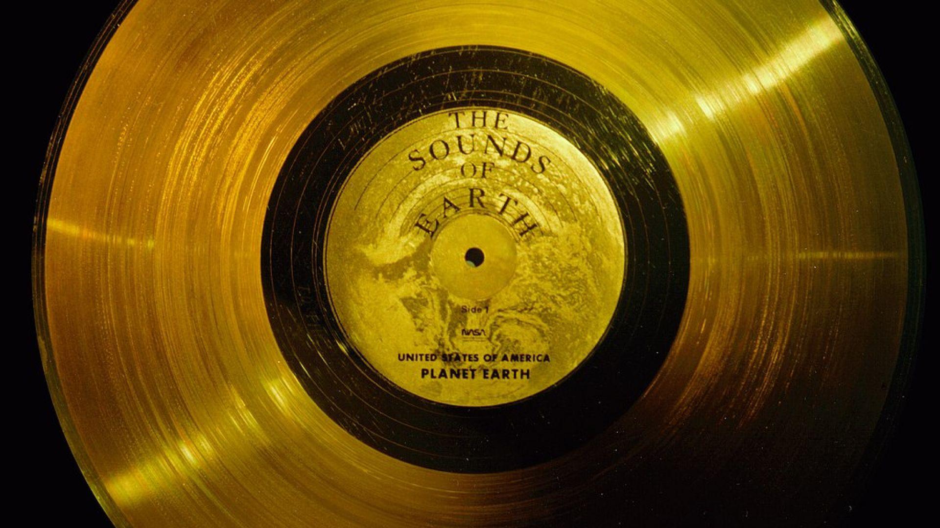 """Златната плоча на """"Вояджър 1"""""""
