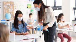 Пресният филтриран въздух в голяма степен предпазва от разпространение на Covid-19
