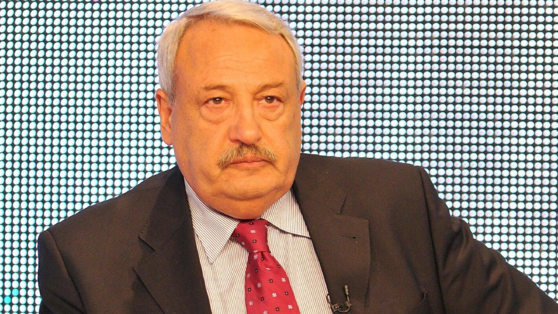 Иван Гарелов: Борисов се страхува да е кандидат за президент, за да не загуби от Радев