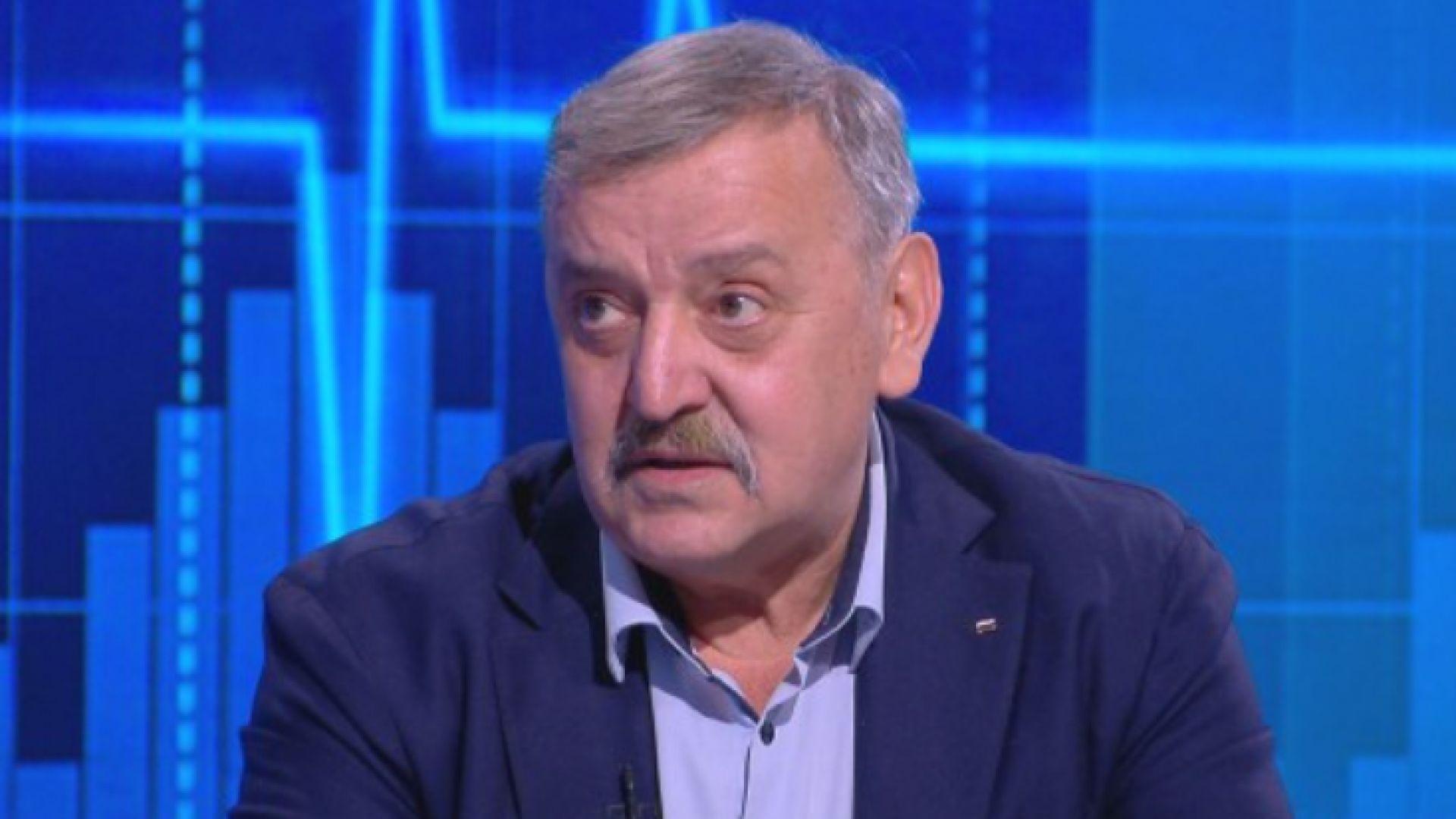 Проф. Кантарджиев: Нежеланието на хората да се ваксинират е заради грешни послания на МЗ