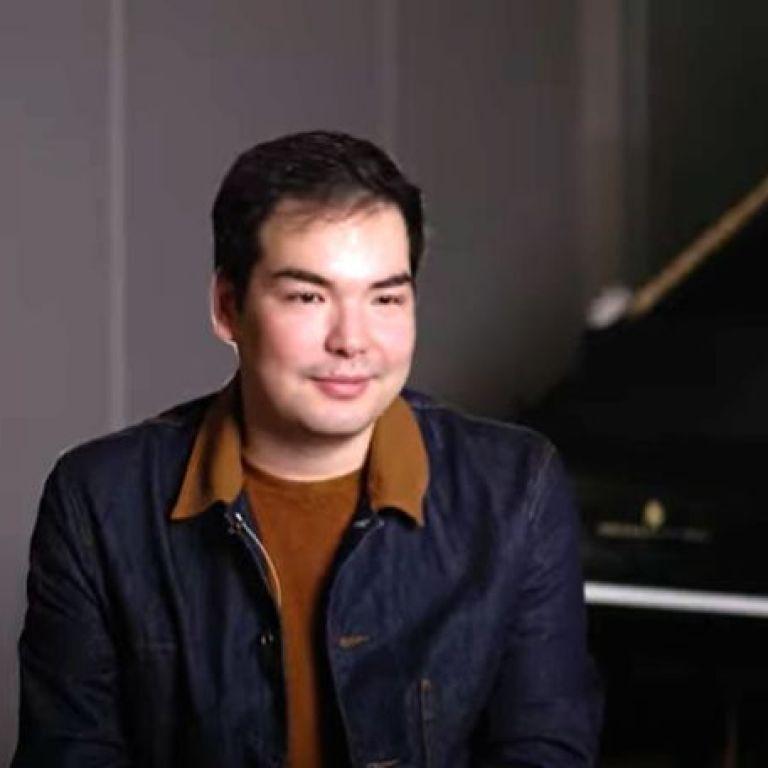 Алим Бейсембаев спечели международния конкурс за пианисти в Лийдс