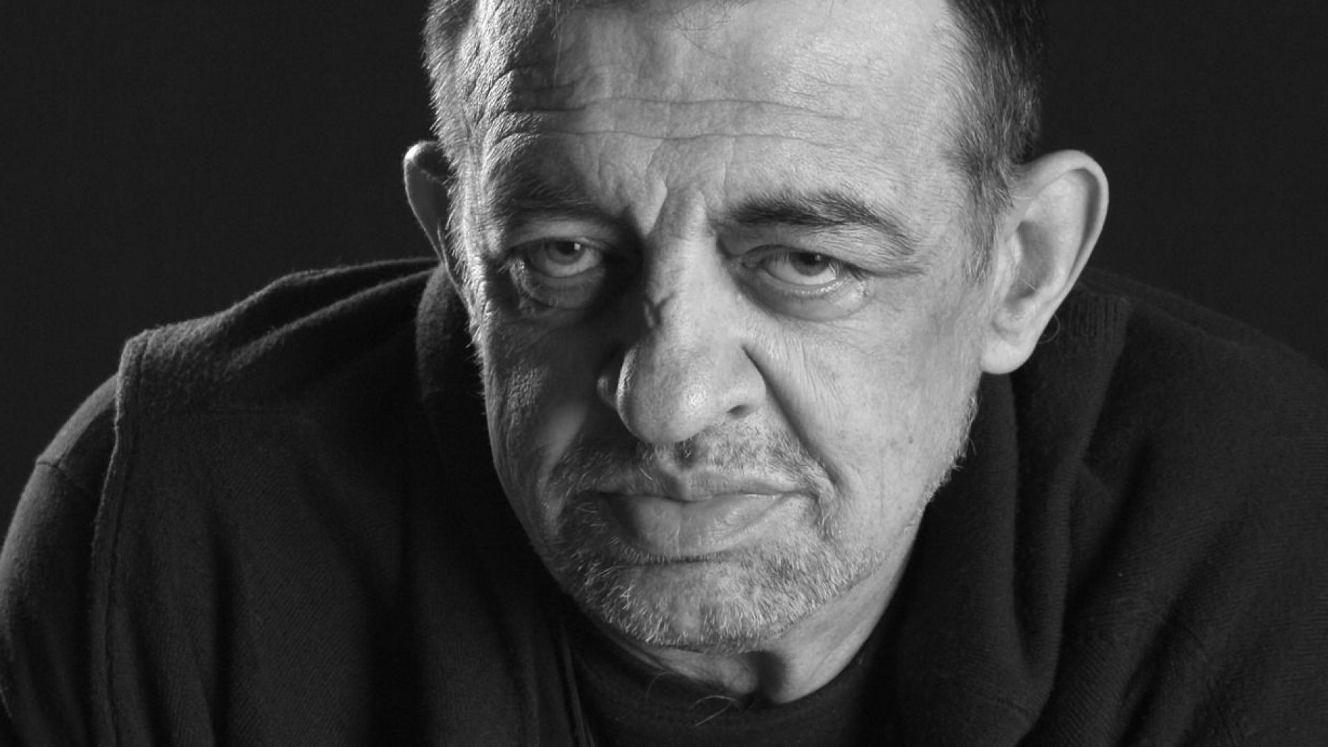 Почина големият варненски журналист, политик и писател Неделчо Михайлов