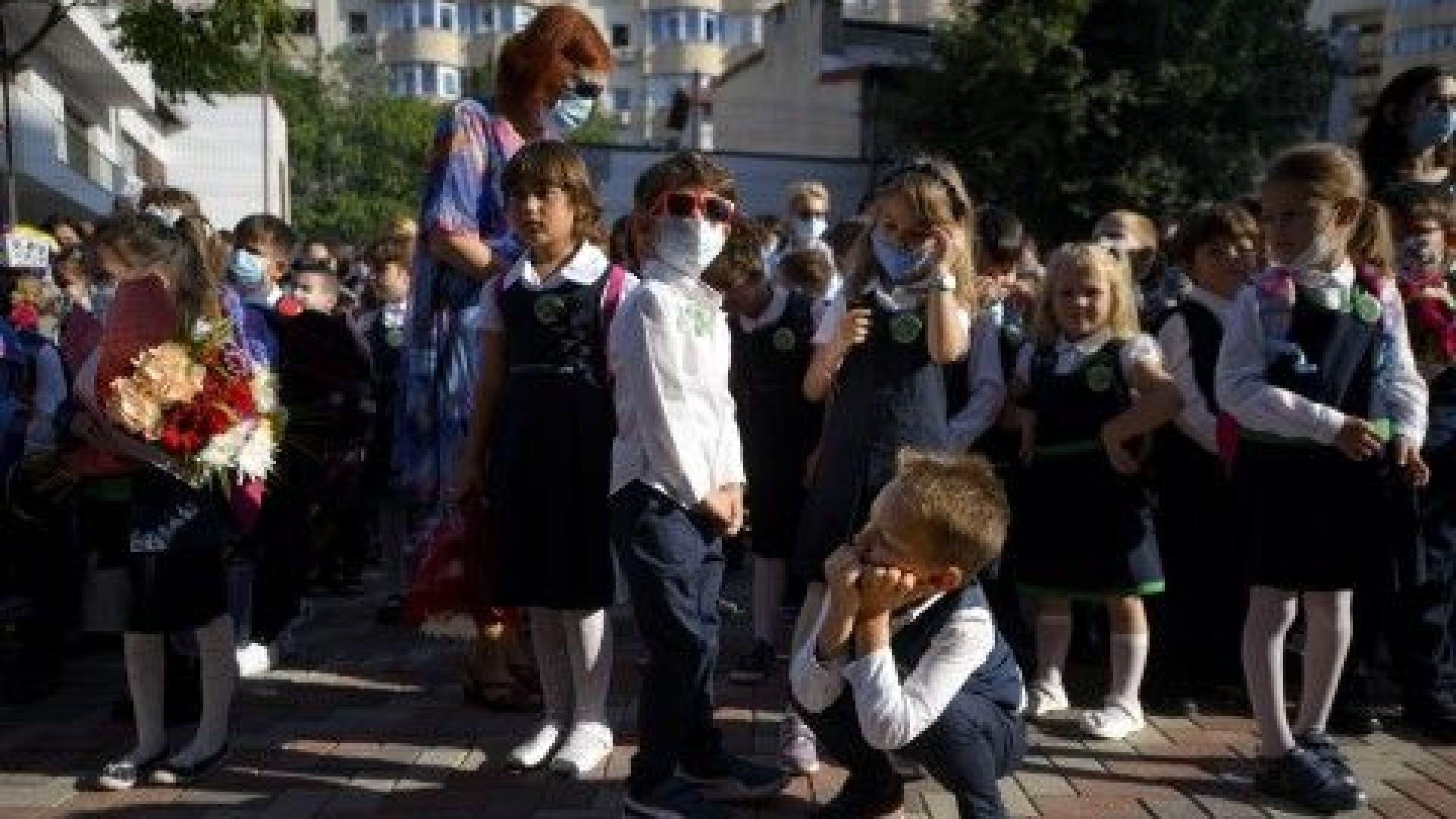 Румъния започва да прилага трета доза ваксина срещу КОВИД-19