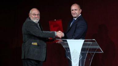 Владимир Зарев е новият носител на наградата за духовен принос на името на Иван Вазов