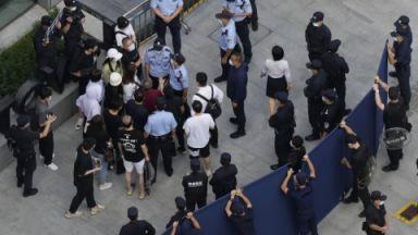 Пекин настоя шефът на Evergrande да спаси компанията със собствени пари