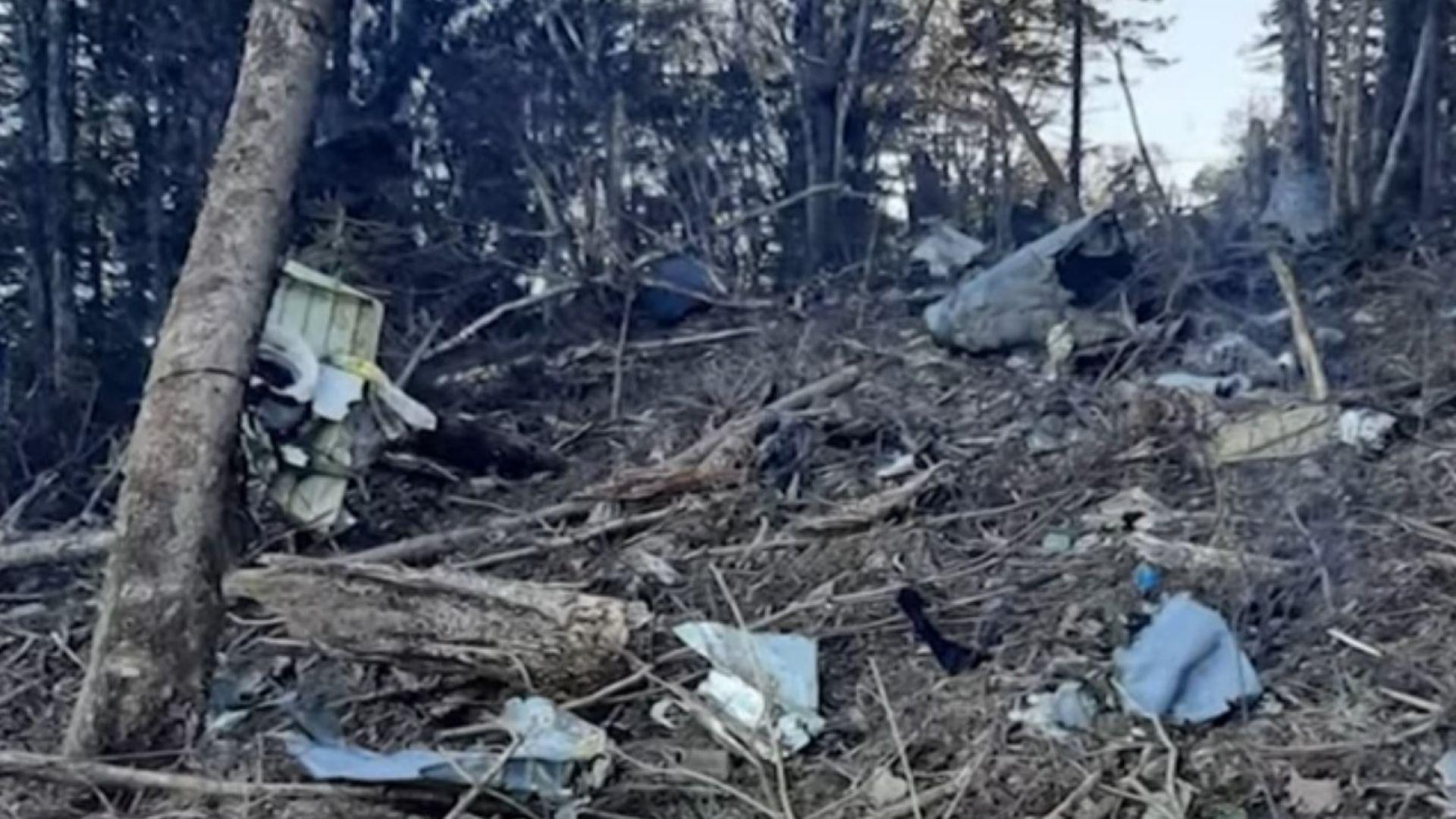 Самолет се разби в руската тайга, шест души загинаха (видео)