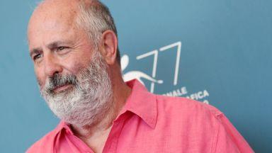 """Режисьорът на """"Нотинг хил"""" почина на 65 г."""