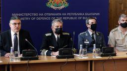Гледайте на живо в Dir.bg: Представят данните от разследването за катастрофата с МиГ-29
