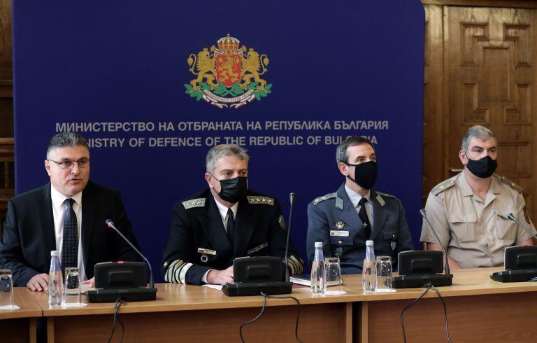 Военното министерство даде брифинг за причините за инцидента с МиГ-29