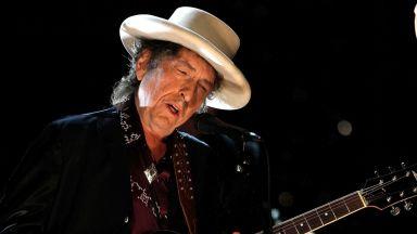 Първият хонорар на Боб Дилън бил 50 долара