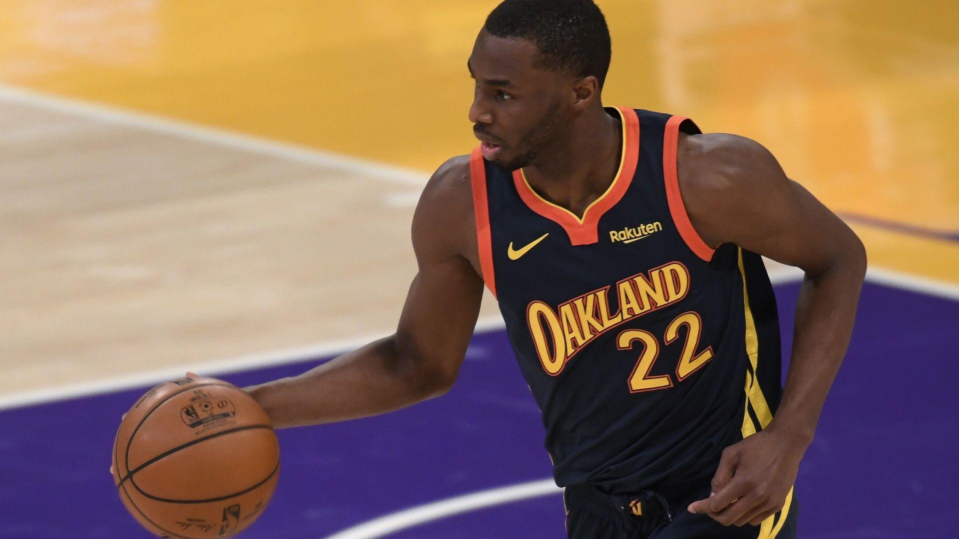 Заплахата да изпусне половин сезон накара НБА звезда да се ваксинира