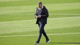 Спрягат треньор на френски слабак за наследник на Куман в Барселона