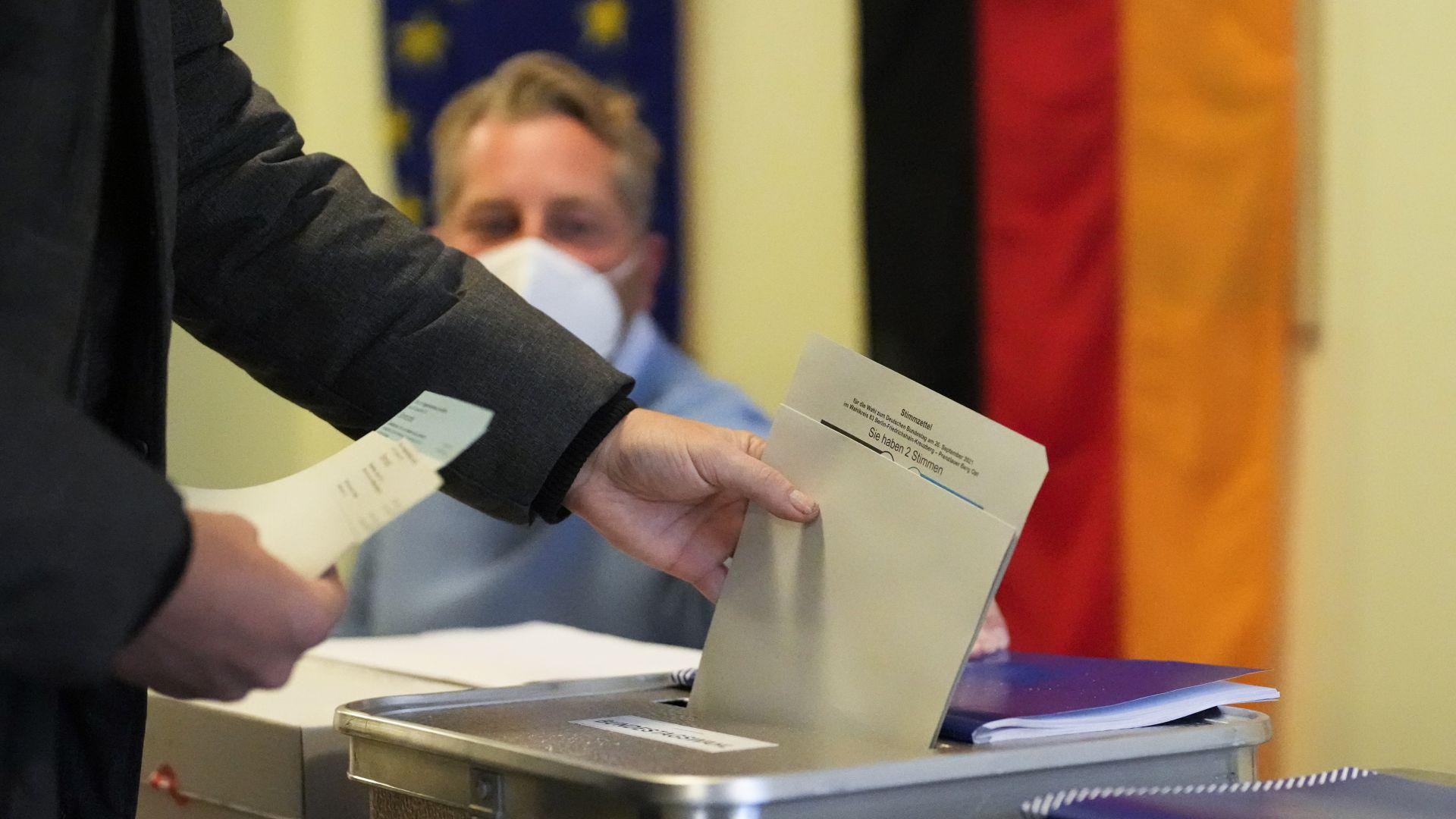 Германия избира наследник на Ангела Меркел, резултат от вота е непредвидим