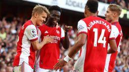 Арсенал триумфа в дербито на Северен Лондон след кошмарно полувреме на Тотнъм
