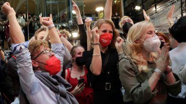 Социалдемократите печелят парламентарните  избори в Германия