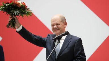Социалдемократите в Германия ще опитат коалиция със Зелените и Свободните демократи