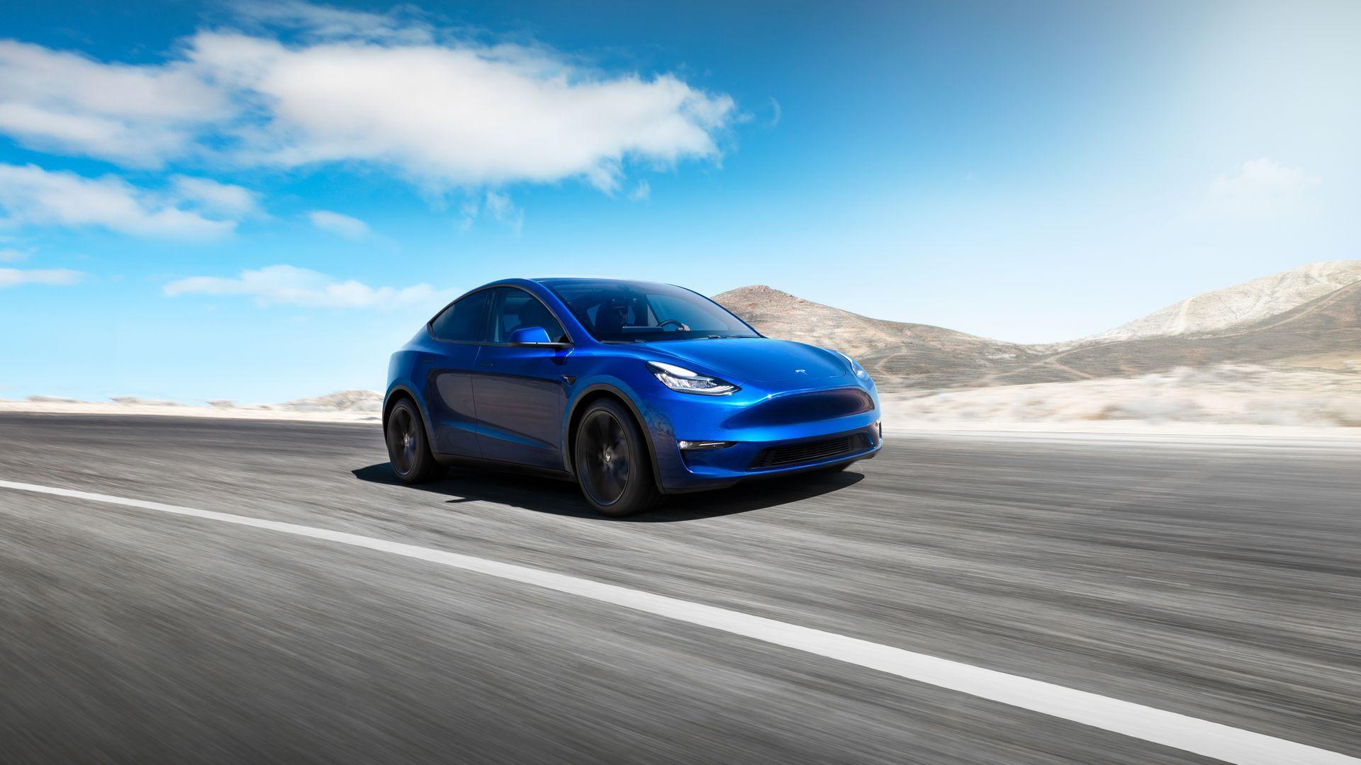 Учени превърнаха автомобил на Tesla във водородна кола