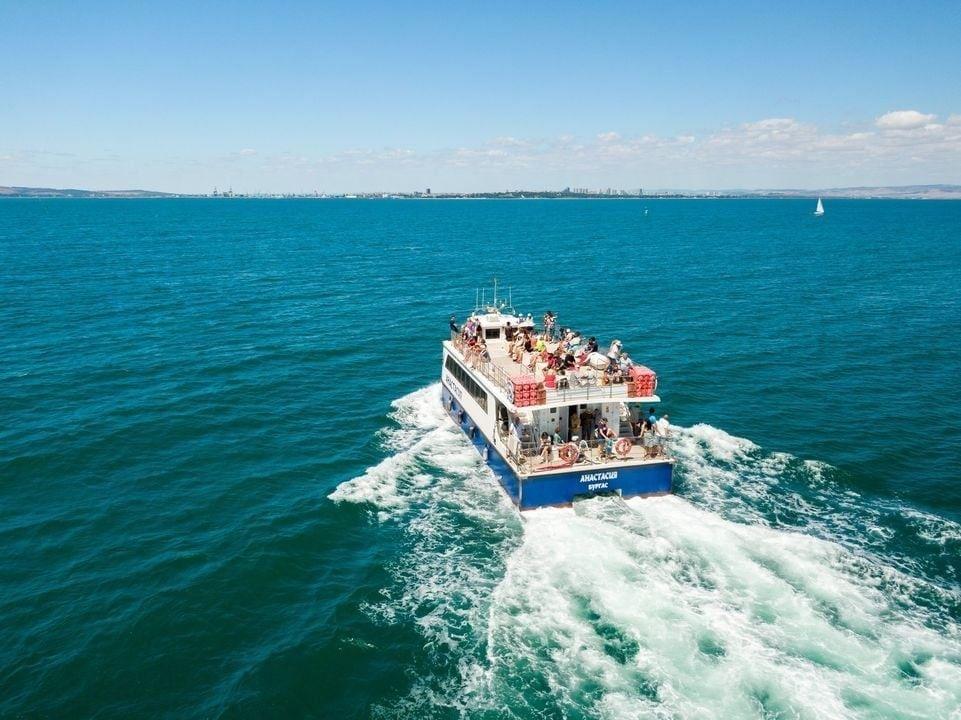 Катамаранът Анастасия ще пътува до Ченгене скеле