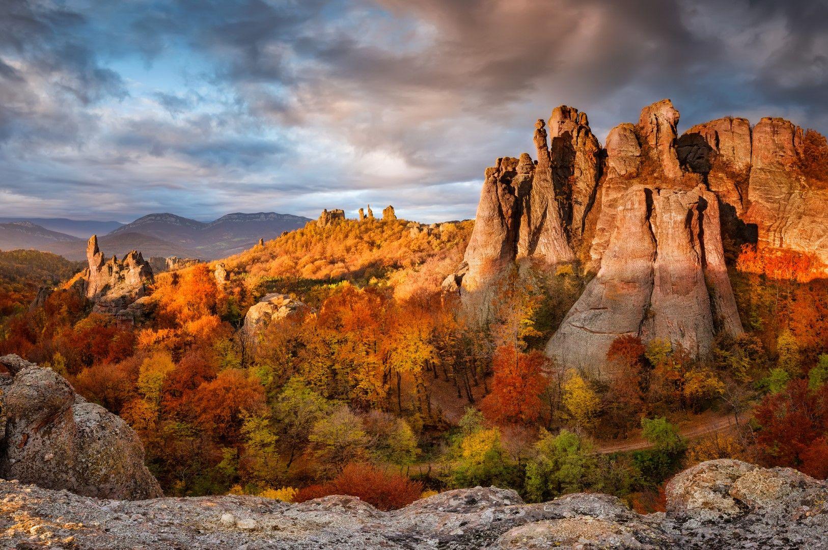 Белоградчишките скали през есента
