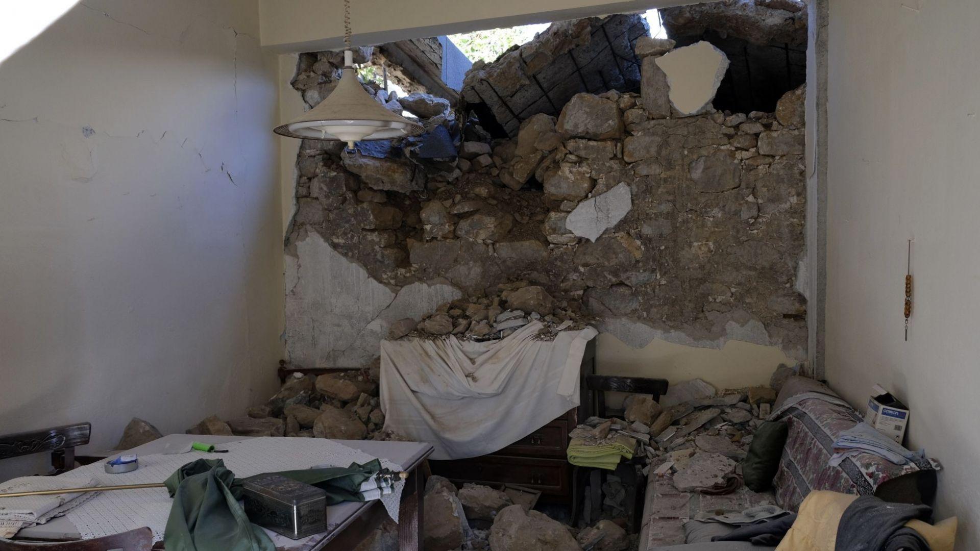 Извънредно положение на Крит след мощния трус, расте броят на ранените (видео)