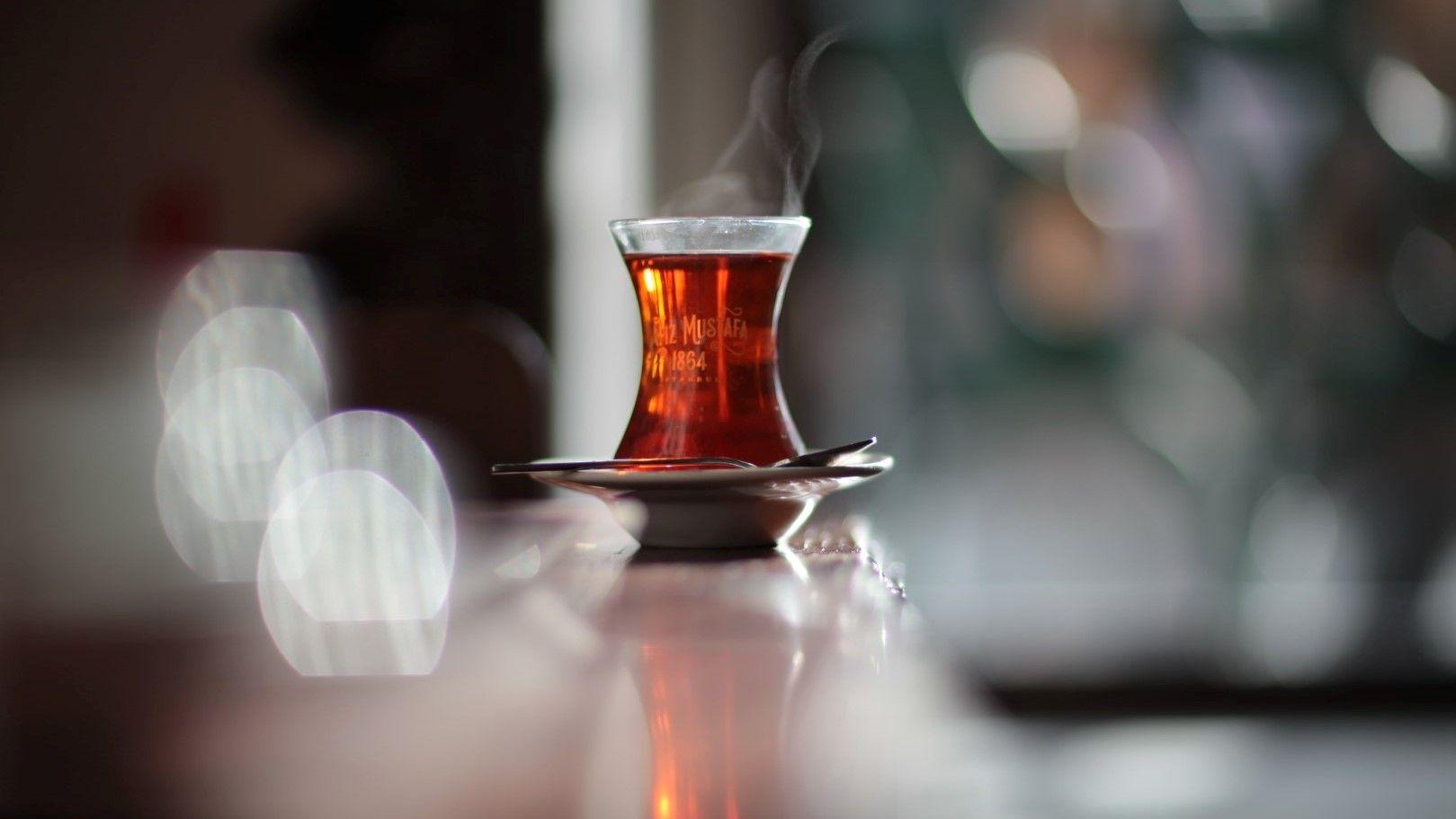 Пиенето на чай е ритуал и традиция в цяла Турция
