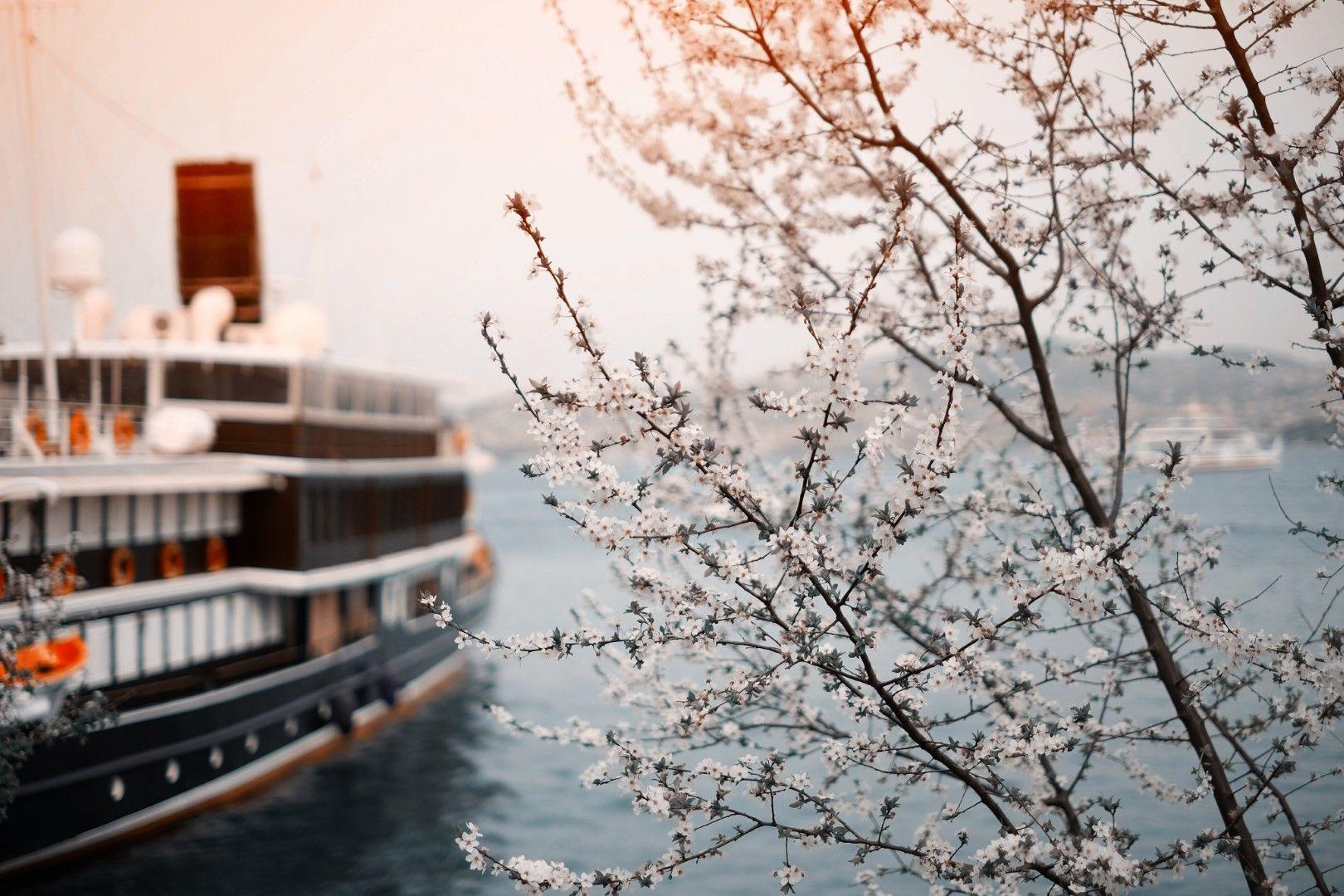 Истанбул през пролетта