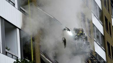 Експлозия в жилищна сграда в Швеция вкара 25 души в болница (снимки/видео)