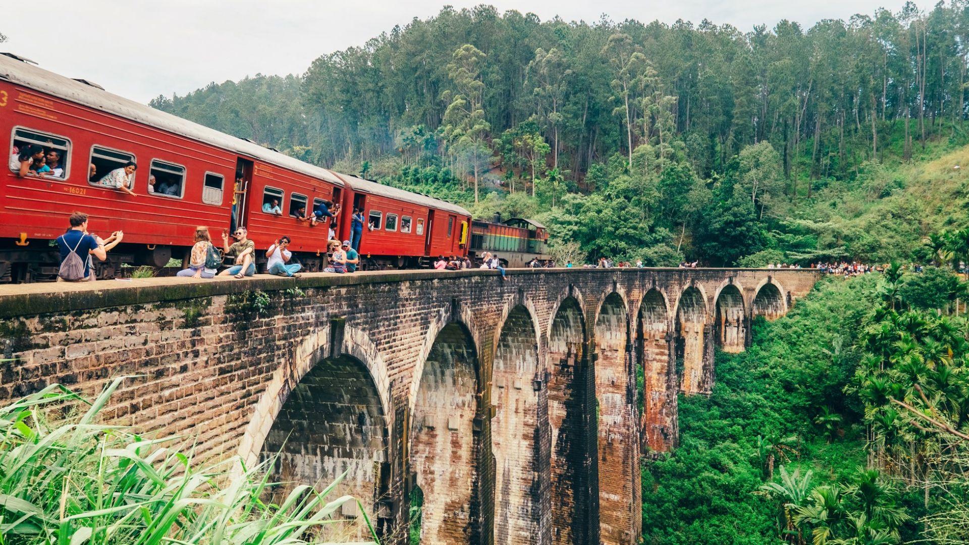 Историята на най-известния жп мост в Шри Ланка (видео)