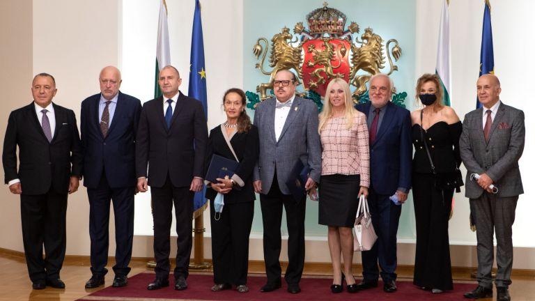 Вера Кирова и Иван Тенев получиха Почетния знак на президента