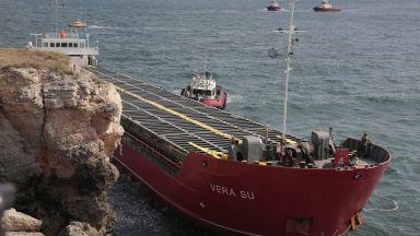"""Зам.-министър: Вятърът влияе на резултатите за водите около """"Вера Су"""""""