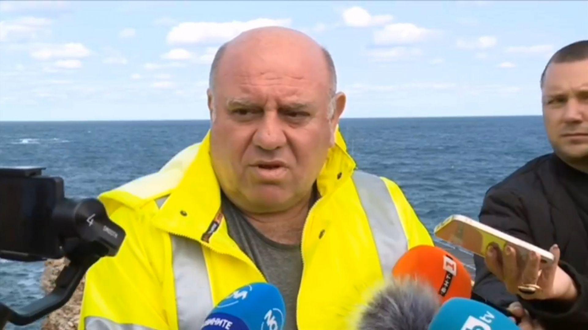 Кап. Живко Петров за кораба: Аз не знаех, че ще изтече тор, трябва да търсим друг кран