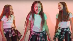 "Момичето, станало ""Дете на годината"" за 2020, представи песен на Славин Славчев"