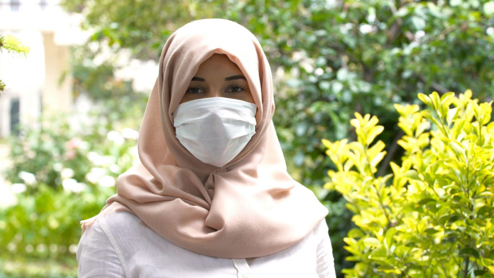 Избирателна комисия в Германия върнала жена, дошла да гласува с хиджаб и маска