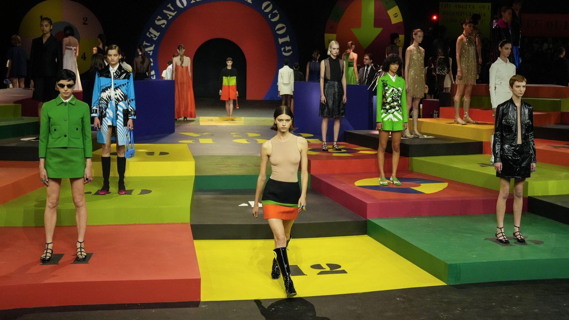 Модна къща Dior отвръща с радикална промяна на коронавирусните сътресения