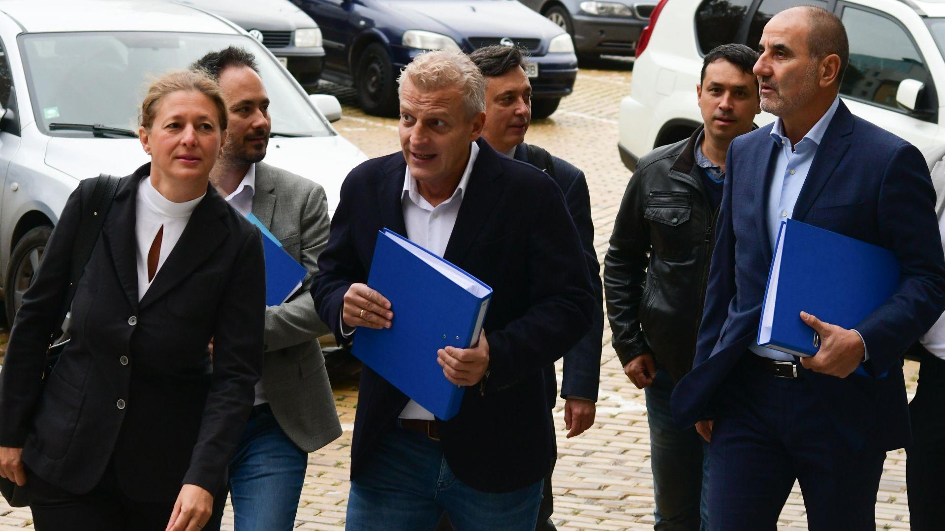 Цветан Цветанов и Петър Москов в коалиция на изборите, издигат кандидат-президент