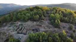Град на 6000 години проучват археолози от Националния исторически музей