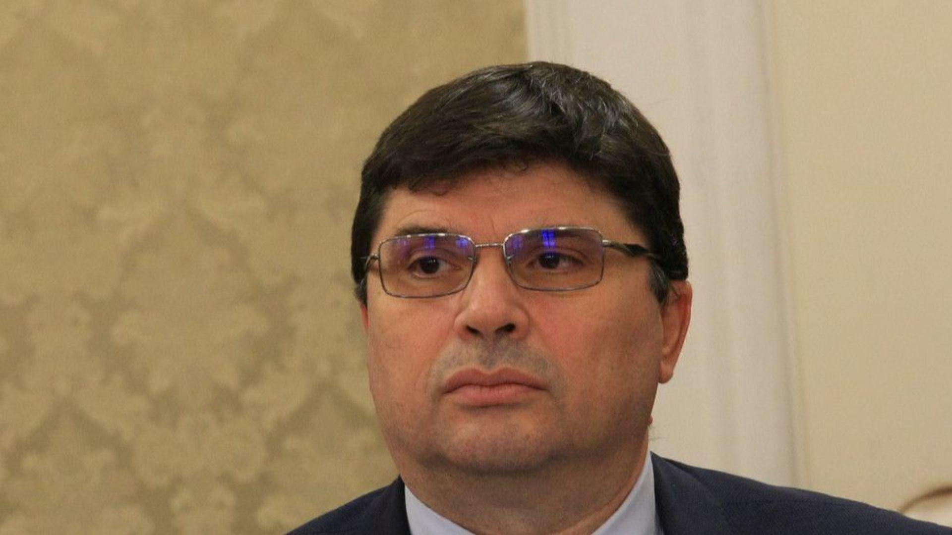 Цветан Китов е предложен за освобождаване от длъжността председател на ДАТО