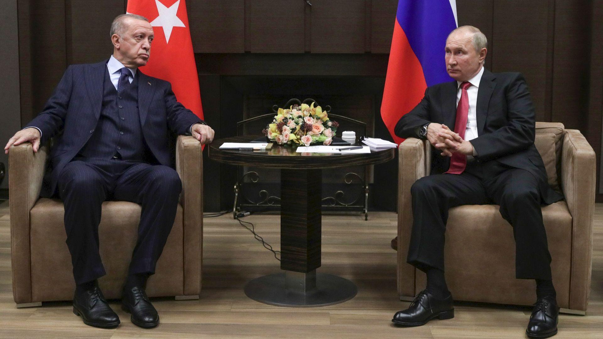 Първа среща на Путин след карантината - в Сочи с турския президент Ердоган