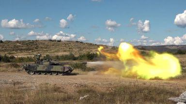 Колко силна е армията на Сърбия (снимки)