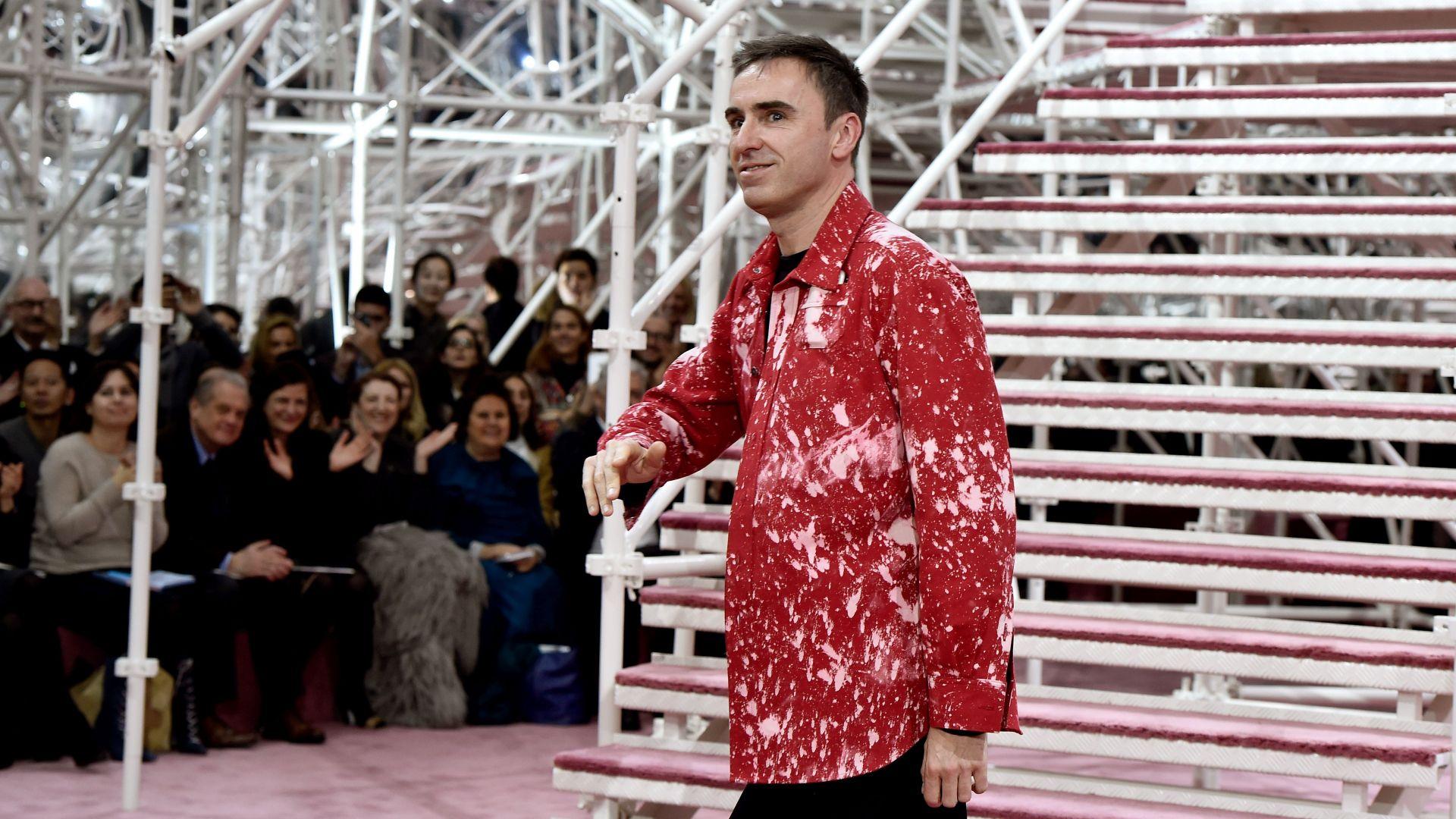 Дизайнерът Раф Симънс предложи поли за всички