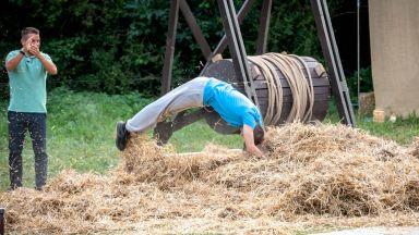 """Участник във """"Фермата"""" направи забележителен скок за милиони"""