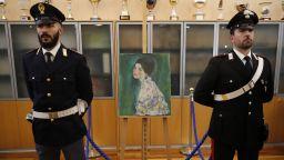 """Откраднатата преди 23 години творба на Климт е """"звездата"""" на изложба в Рим"""