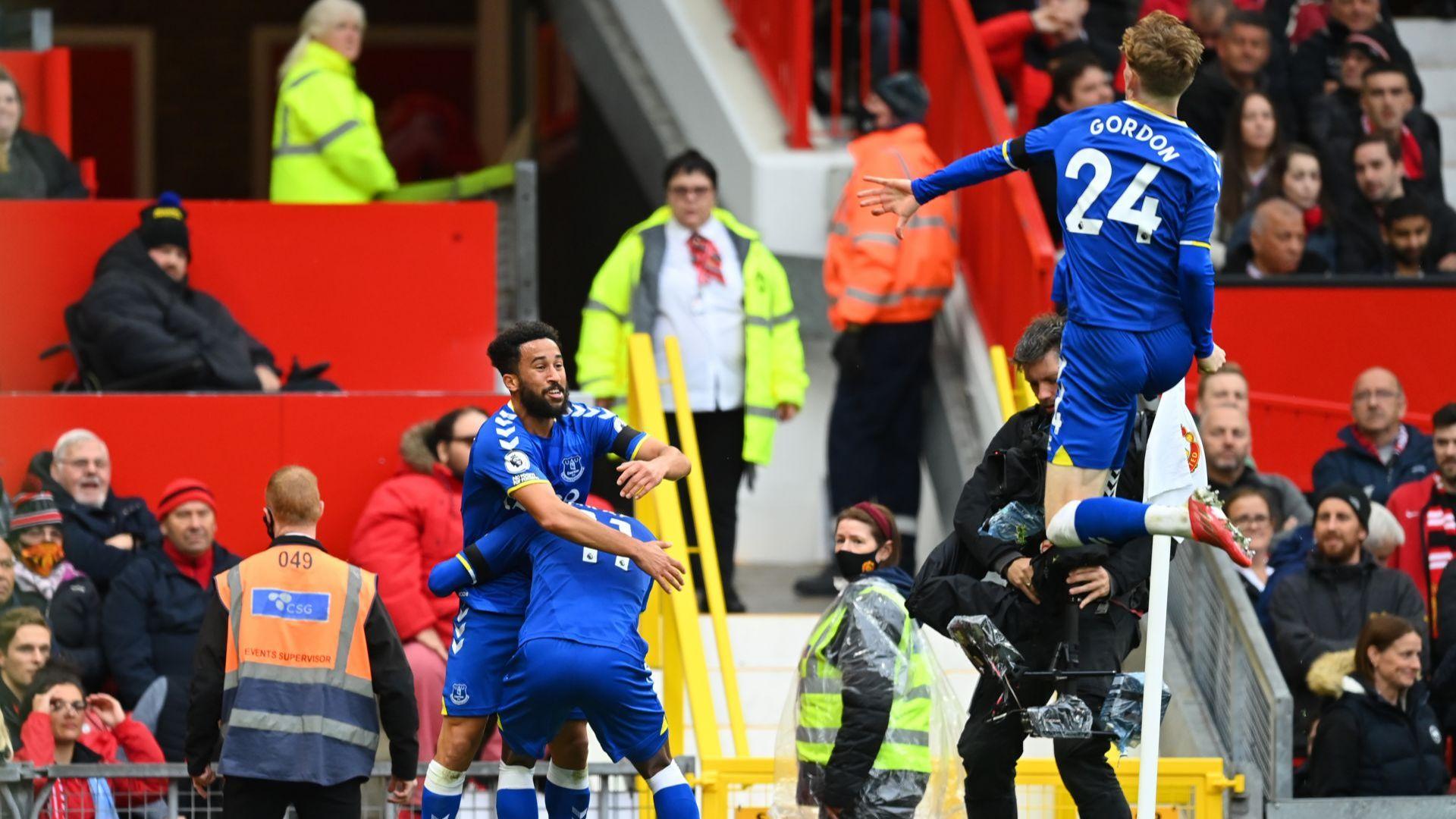 Този път и Роналдо не успя да спаси слабия Манчестър Юнайтед от издънка