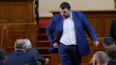 """Атанас Чобанов от Bird: Пеевски е единият от политиците в """"Досиетата Пандора"""""""