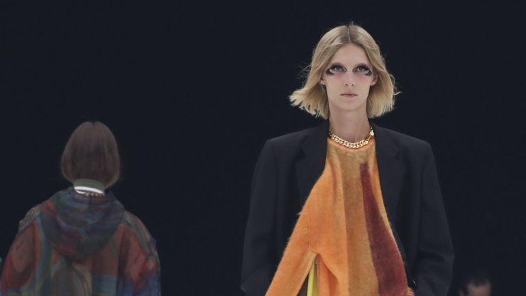 Колиета с примки на ревю на Givenchy в Париж възмутиха естети