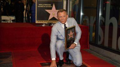 "Даниел Крейг вече има звезда на булевард ""Холивуд"""