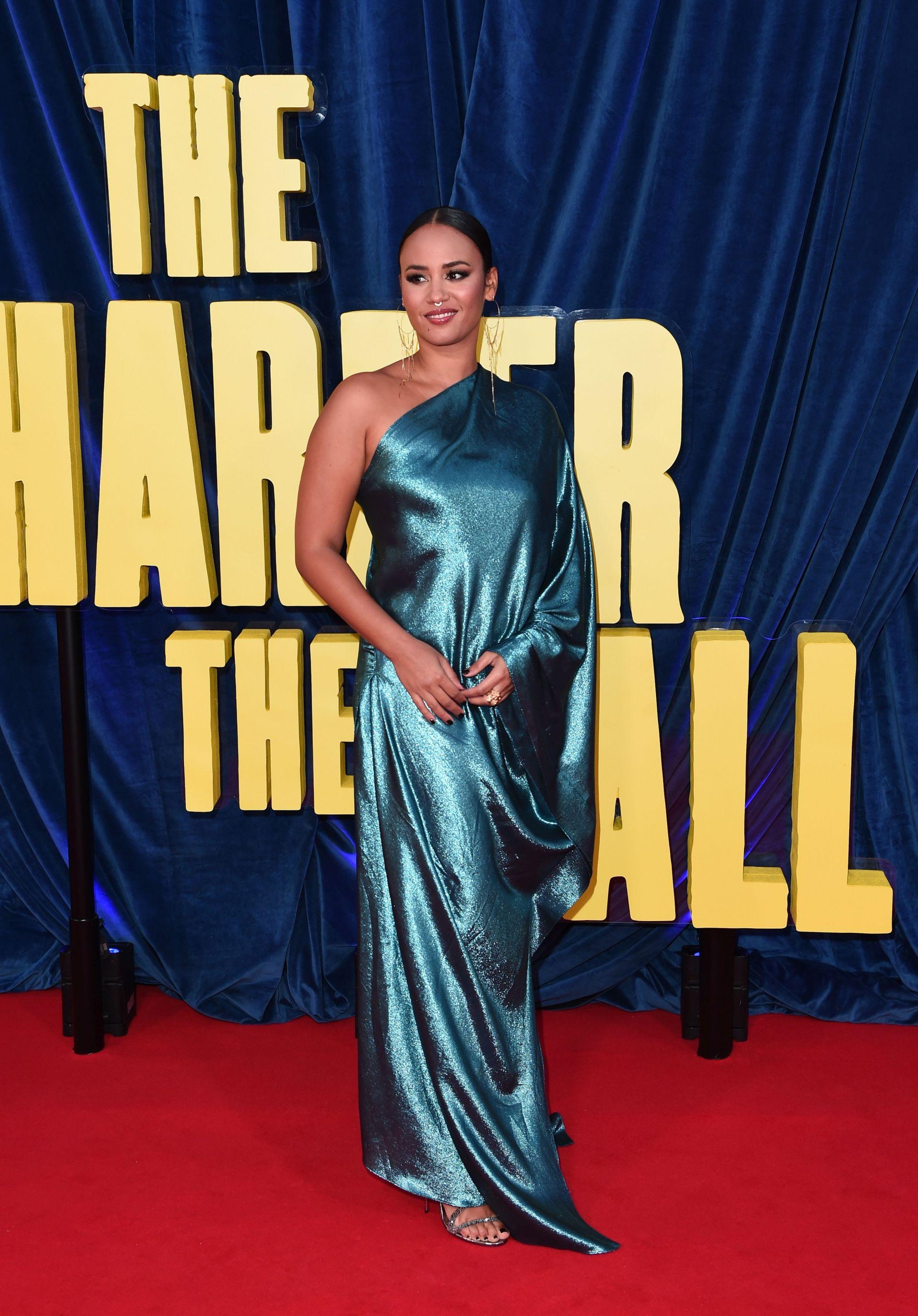 """Певицата Майра Андраде уважи премиерата на """"The Harder They Fall"""""""