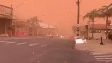 Оранжеви пясъчни бури обхванаха Бразилия, има загинали (видео)