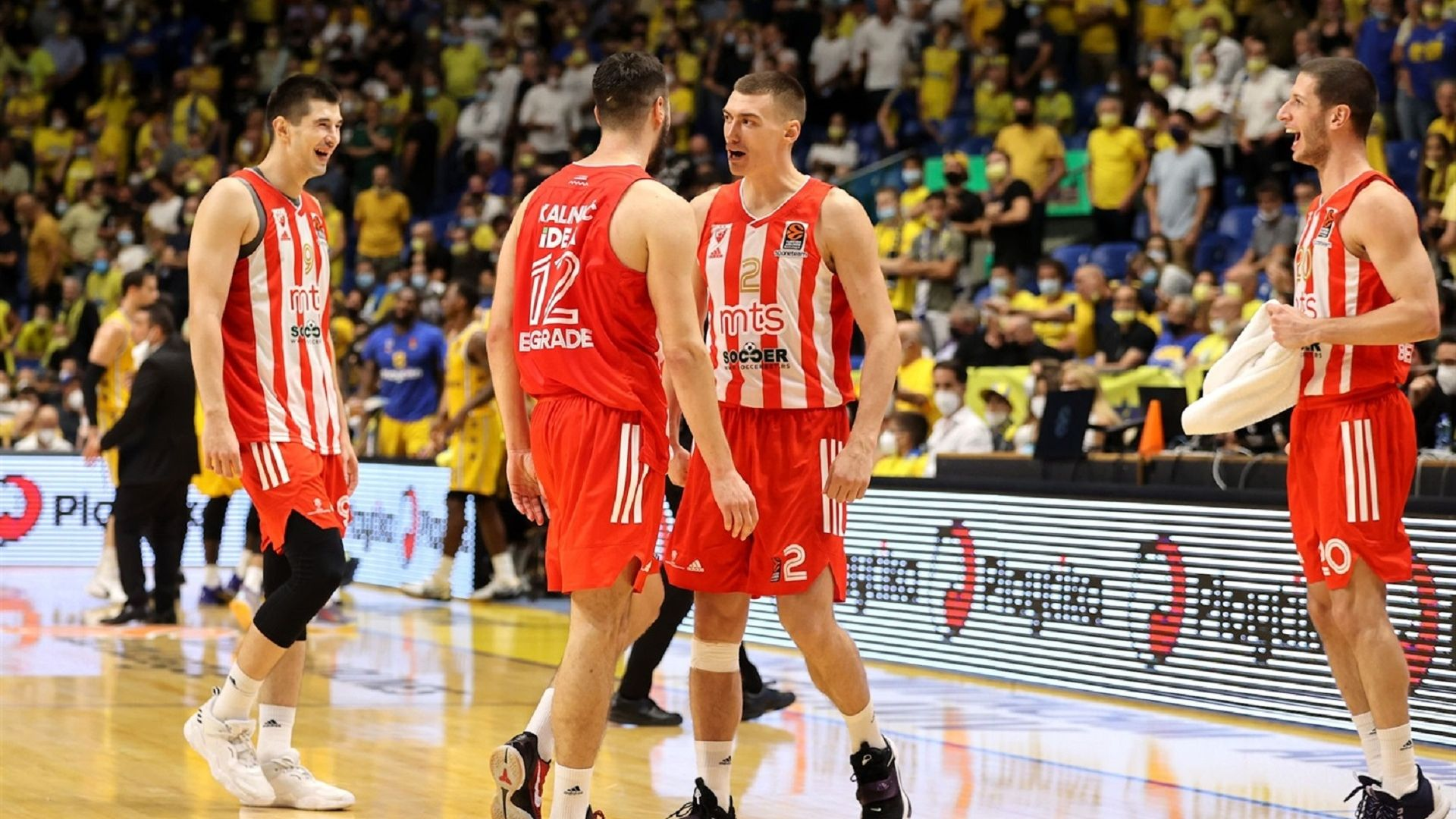 Звезда смълча 10 000 в Тел Авив и взе първа победа за сезона
